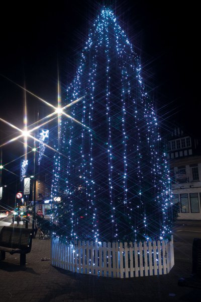 Eve-Xmas-Lights-Switch-On-2017-70.jpg
